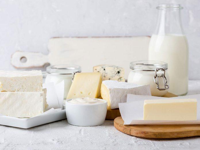 Les produits laitiers sont à éviter en cas de crise d'arthrite.