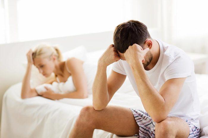 Sujets de dispute communs à tous les couples : les difficultés sexuelles.