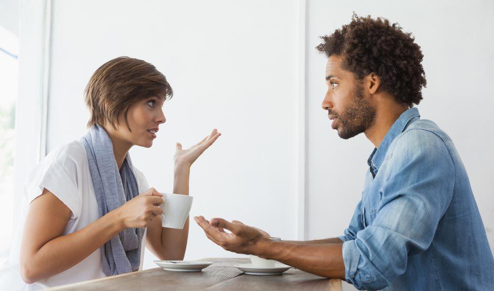 Sujets de dispute communs à tous les couples : le manque de communication.