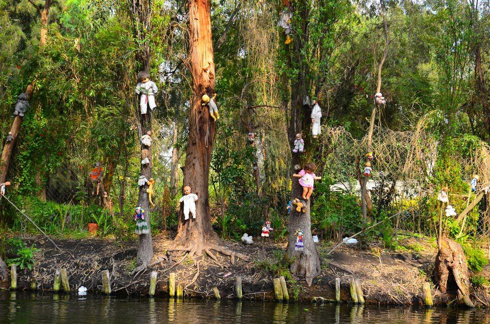 Forêts hantées : l'île des poupées, Mexique.