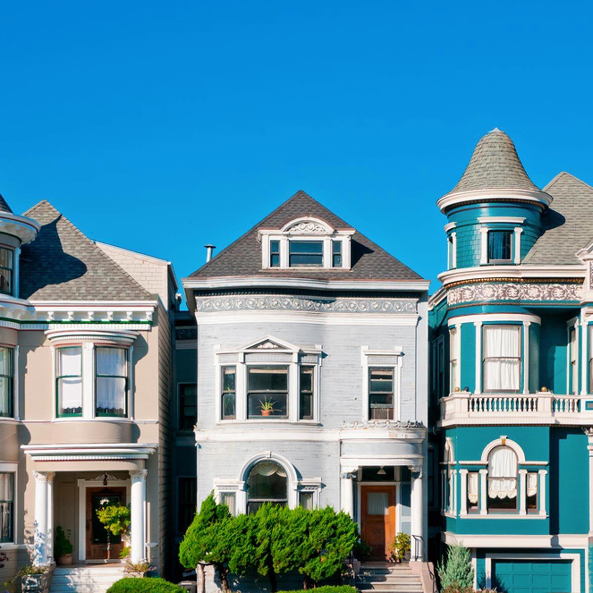 Location Airbnb : un homme loue la maison dont il a la garde sur Airbnb.
