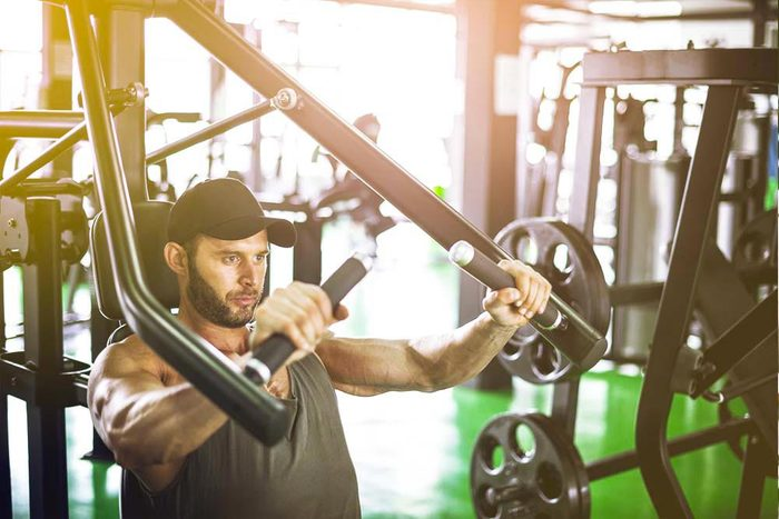 Machines de salle de sport dangereuses : la machine convergente