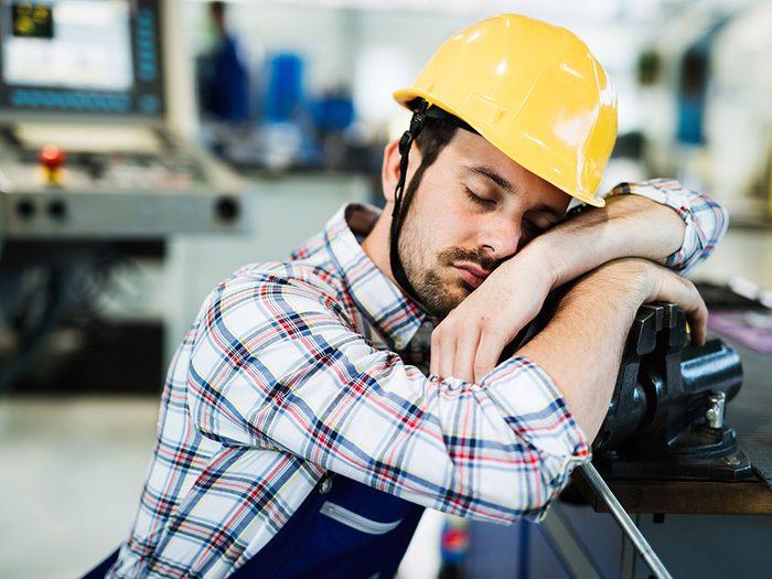 Le manque de sommeil n'améliore pas vos performances.