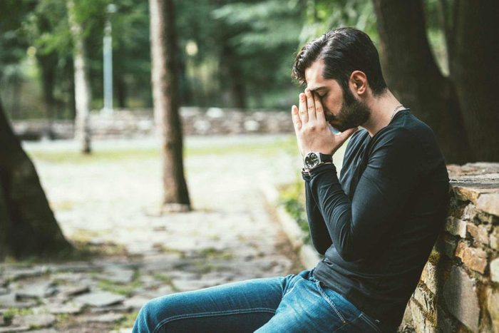 La mauvaise humeur peut être due à la dépression.