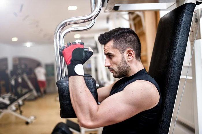 Accélérez votre métabolisme en augmentant votre masse musculaire.