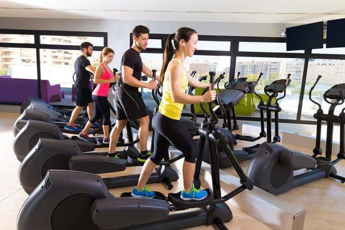 Accélérez votre métabolisme grâce aux exercices de résistance.