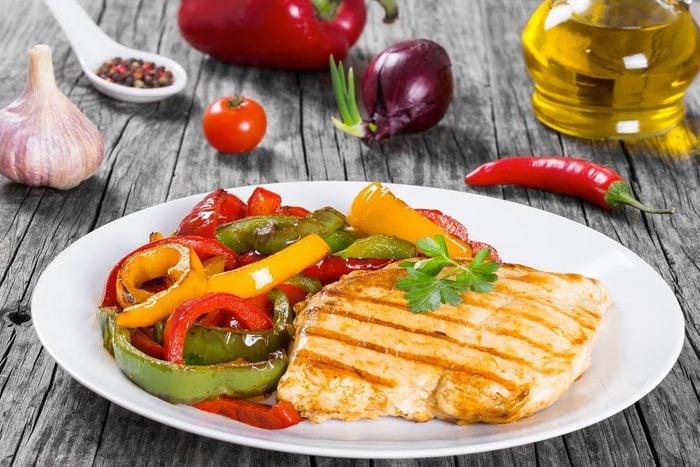 Accélérez votre métabolisme : évitez de sauter des repas.