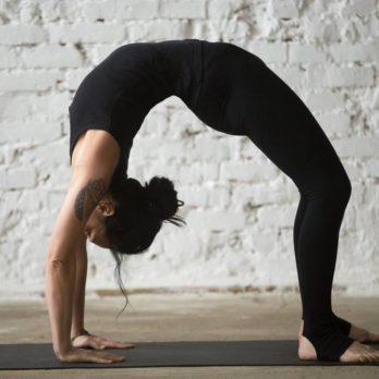 5 mouvements de yoga pour améliorer votre posture