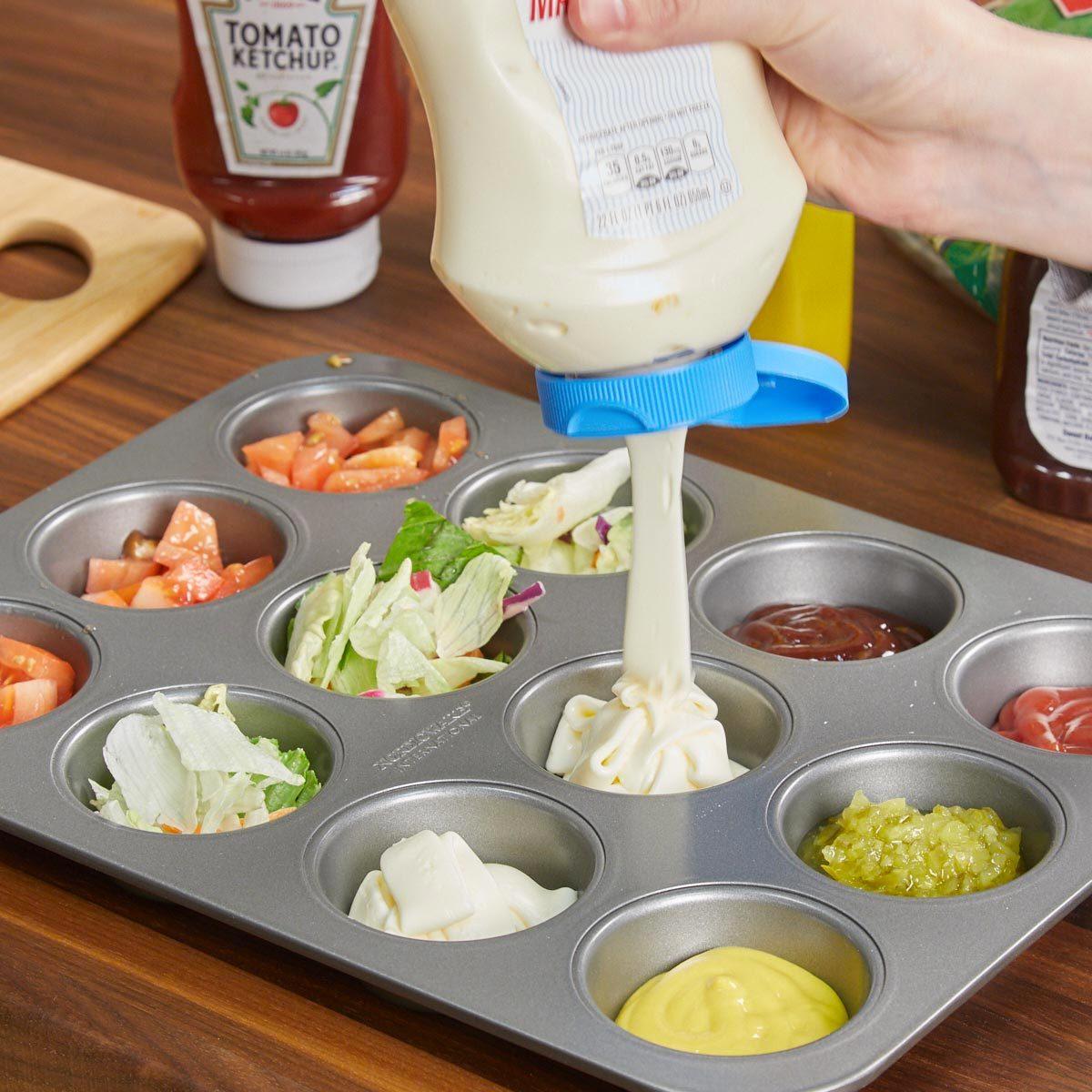 Organiser sa maison : tous les condiments à la même place.