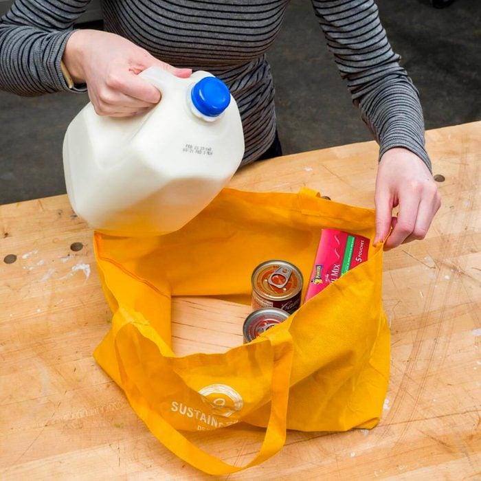 Organiser sa maison : sacs à épicerie réutilisables.
