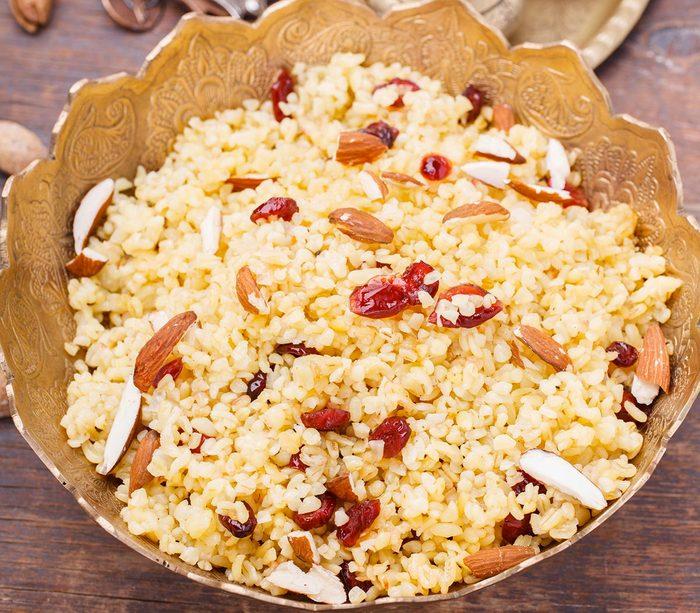 Une recette originale de quinoa, cerises et noix.