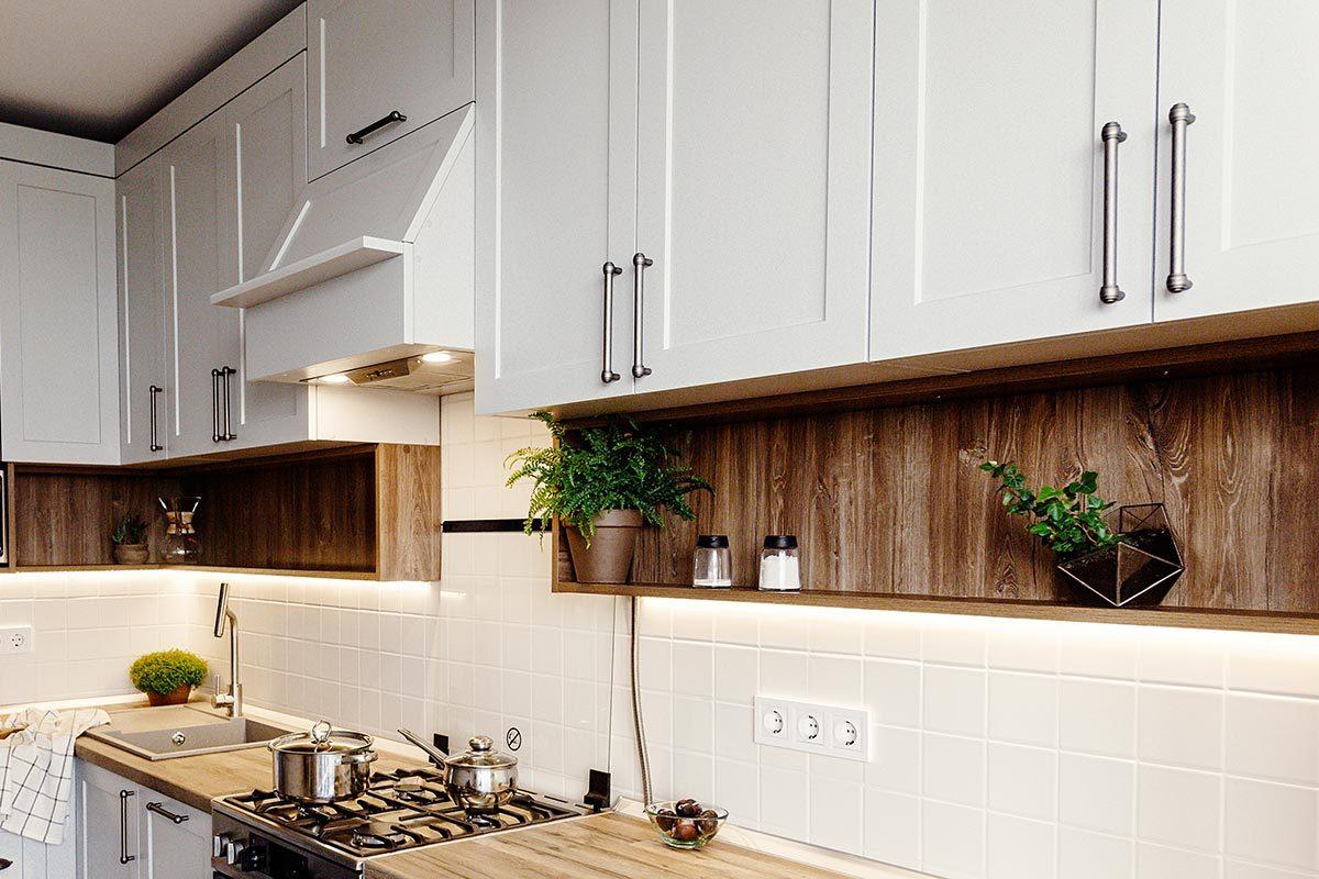 Rénover sa maison : les armoires de cuisine ont une durée de vie estimée à 50 ans.