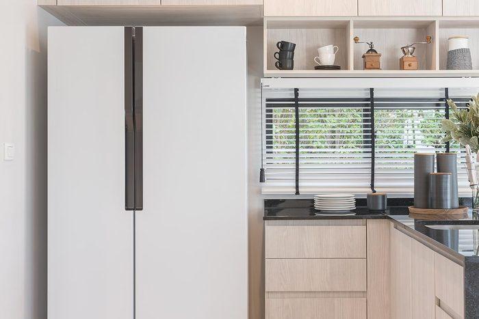 Rénover sa maison : un réfrigérateur a une durée de vie de 6 à 15 ans.