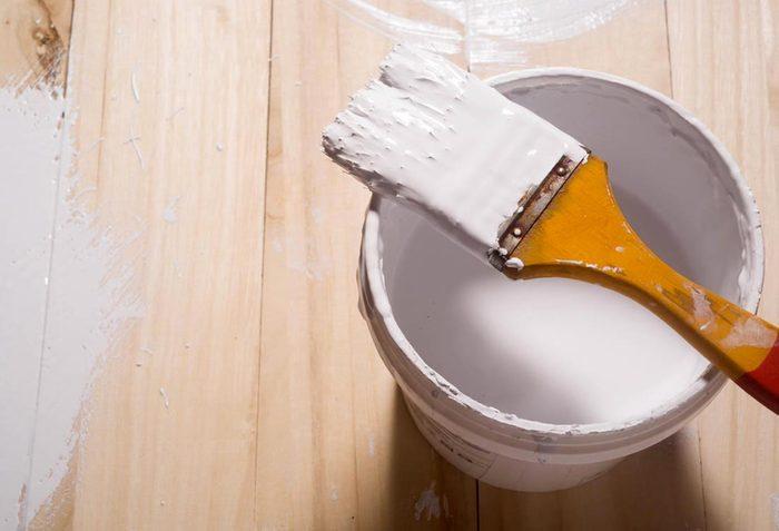 Rénover sa maison : les peintures sont à refaire tous les 15 ans.
