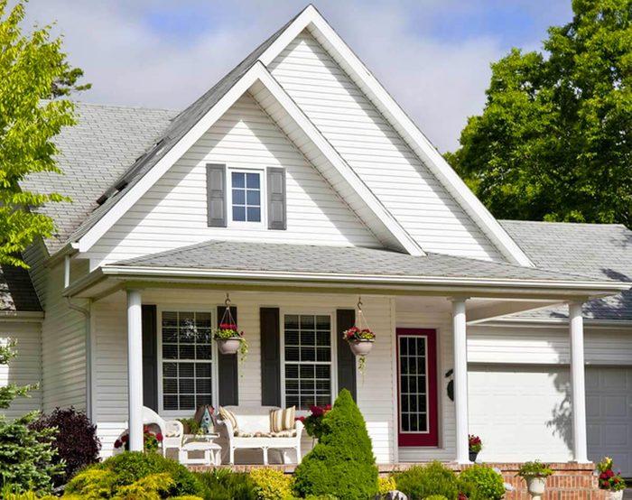 Rénover sa maison: une toiture peut résister plus de 50 ans.