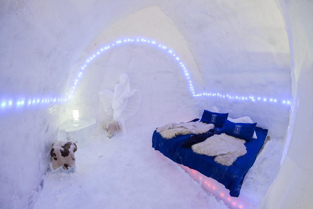 Séjour insolite à l'hôtel de glace du Lac Bâlea en Roumanie.