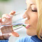 8 raisons qui expliquent pourquoi vous avez toujours soif