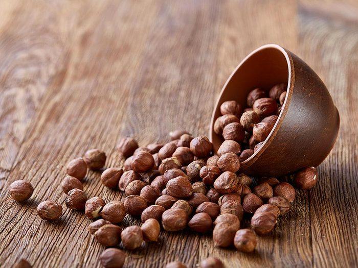 Source de protéines végétales : les noisettes.