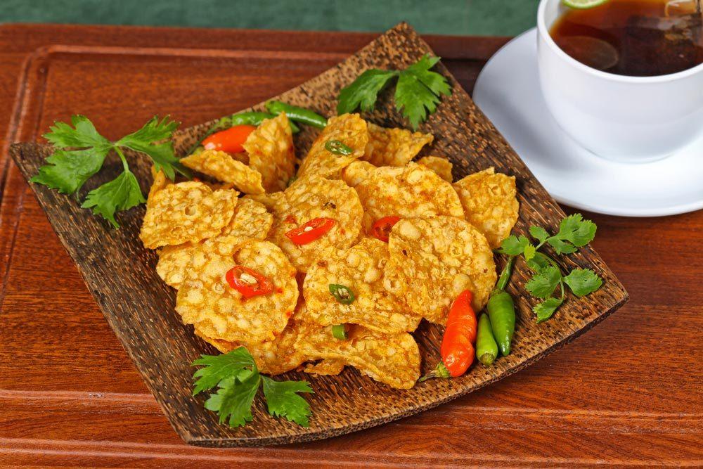Source de protéines végétales : le tempeh.