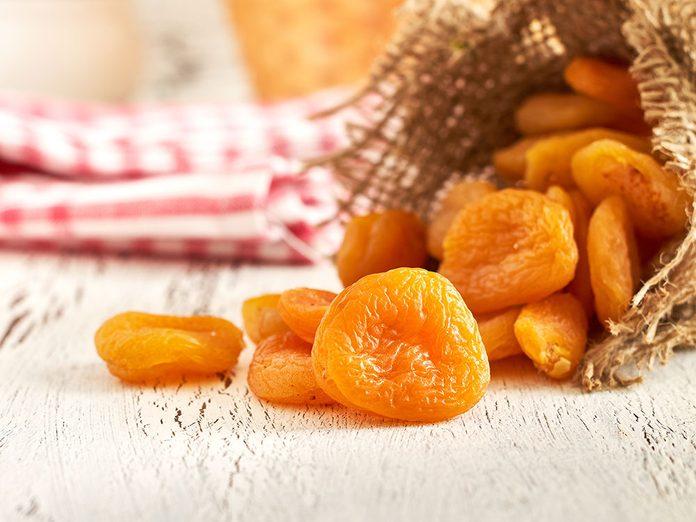 Les abricots séchés font partie des meilleures sources de protéines végétales.