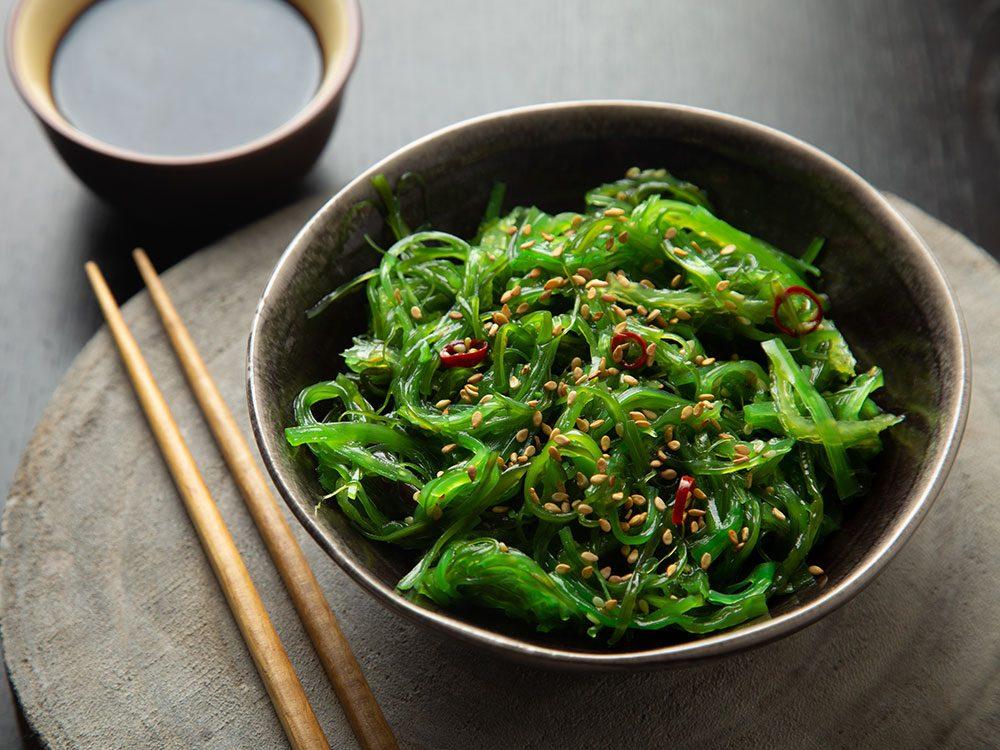 Le wakame fait partie des meilleures sources de protéines végétales.