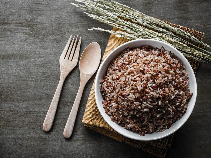 Le riz brun fait partie des meilleures sources de protéines végétales.