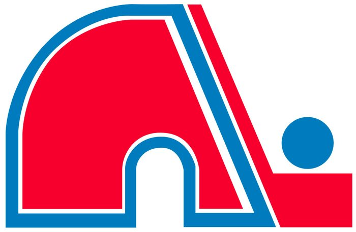 Pendant de nombreuses années, la rivalité Canadiens-Nordiques a marqué tous les amateurs de hockey du Québec.