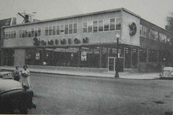Les supermarchés Dominions ont existé entre 1919 et 1981 (au Québec).