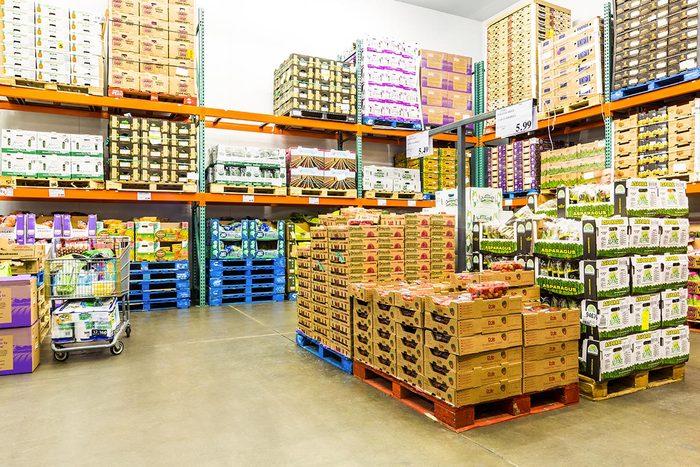 Achats chez Costco : évitez les fruits et les légumes frais.
