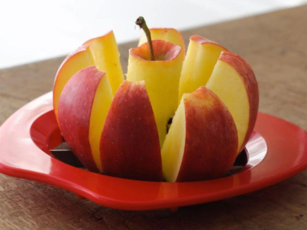 Astuces de cuisine: pour les pommes de terre, utilisez votre appareil à trancher les pommes.