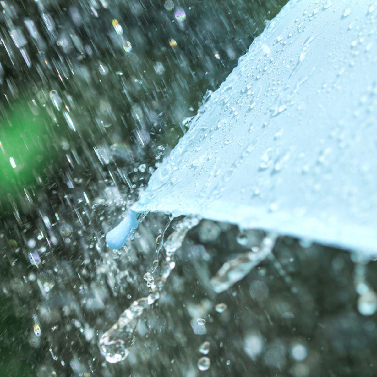 Les cambrioleurs ne s'arrête pas à cause de la pluie.
