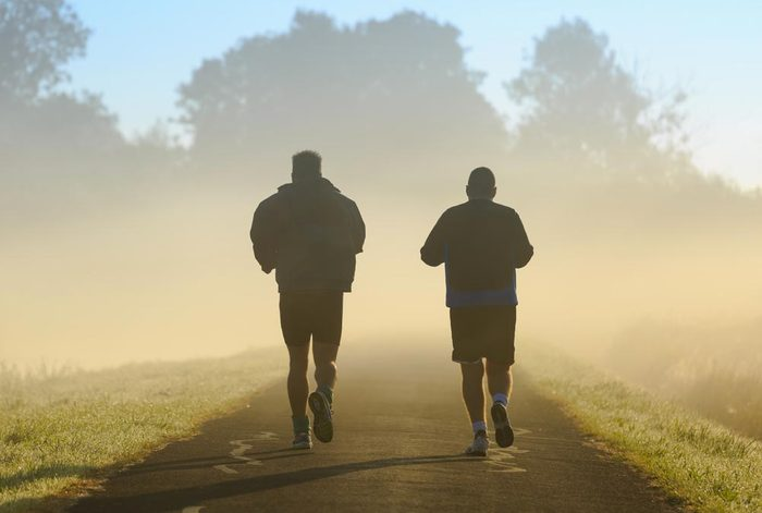 Conseils pour commencer à courir : trouvez un partenaire.