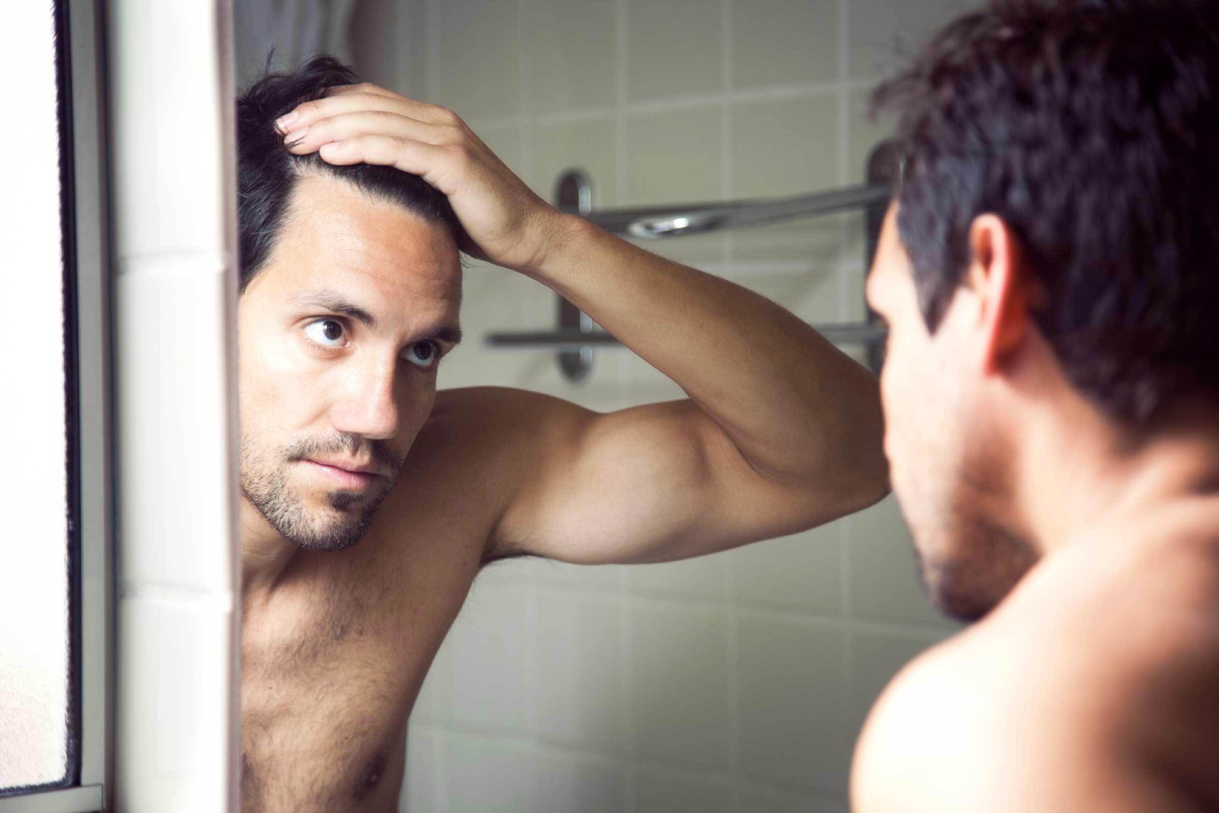 Cause de dysfonction érectile : une baisse de la testostérone.