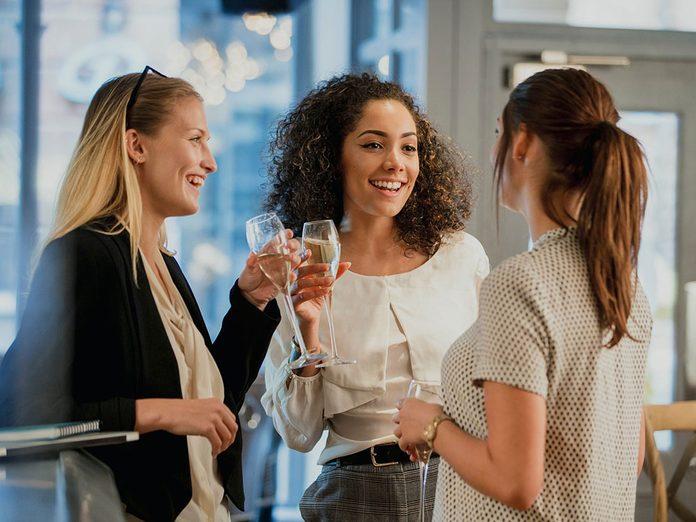 Pour capter l'attention et engager la conversation, faites un pari.