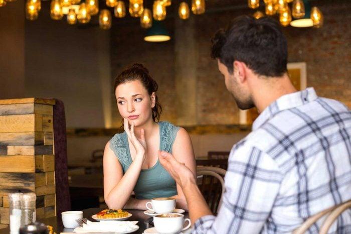 Votre mariage s'en va vers un divorce, si vous vous disputez constamment.
