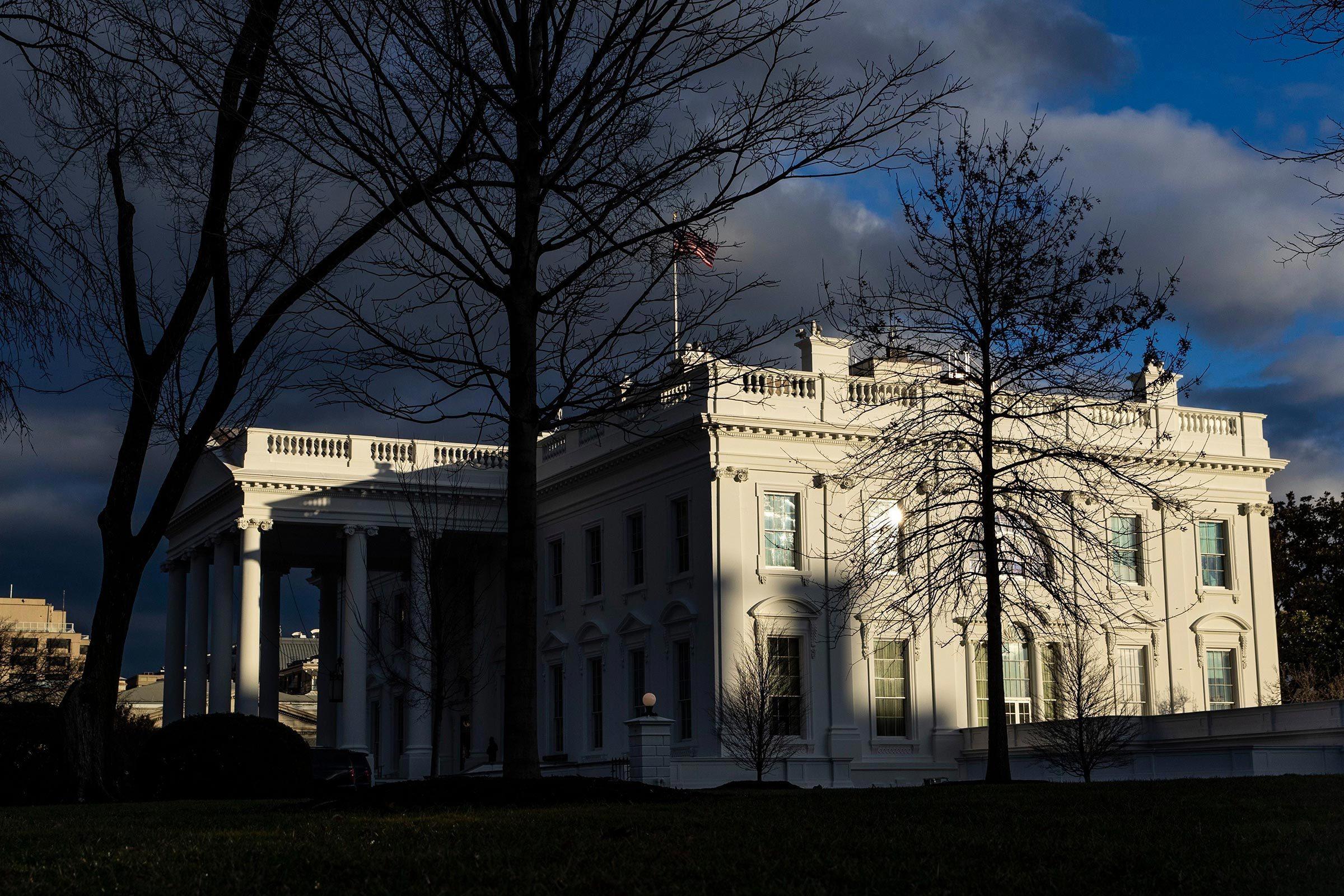 Monument célèbre qui dissimule une pièce secrète : la Maison-Blanche.
