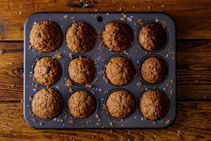 Pour perdre du poids, évitez les muffins au son achetés en magasin.