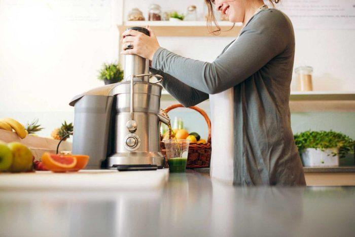 Pour un petit déjeuner équilibré, ne vous contentez pas d'un jus de fruits.