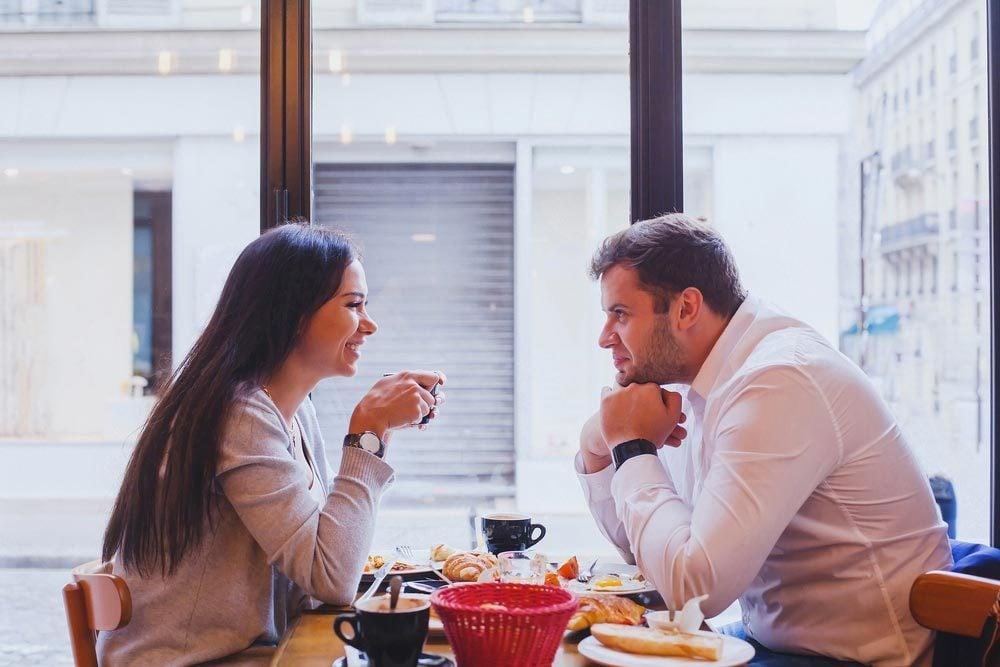 Lors d'un premier rendez-vous, demandez-lui ce qu'il déteste lors des premières dates.