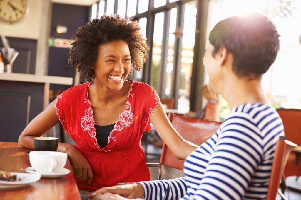 Lors d'un premier rendez-vous, questionnez-le sur ses proches.