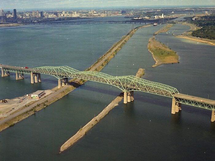 L'ancien pont Champlain est une institution du Québec qui a disparu.