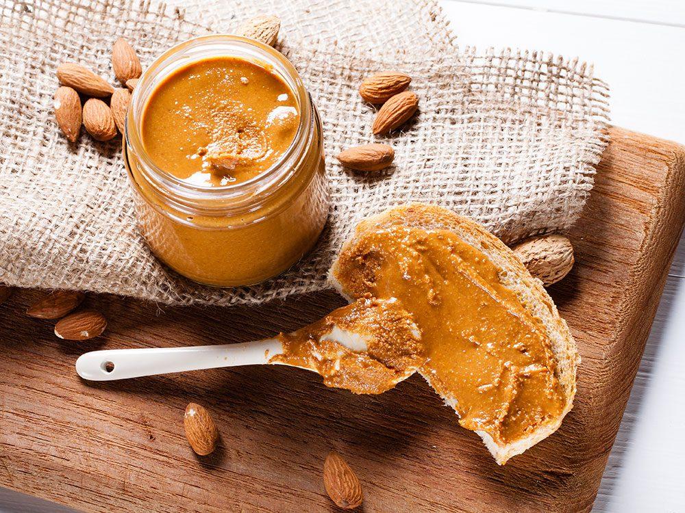 Les beurres de noix sont parfaits pour remplacer le beurre.