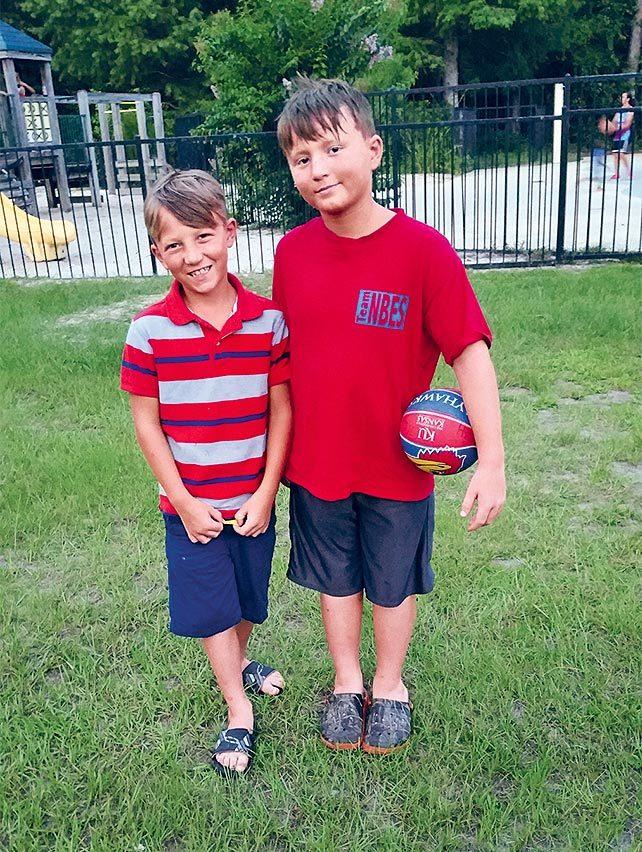 Secourisme: ensemble pour sauver la vie de deux garçons.