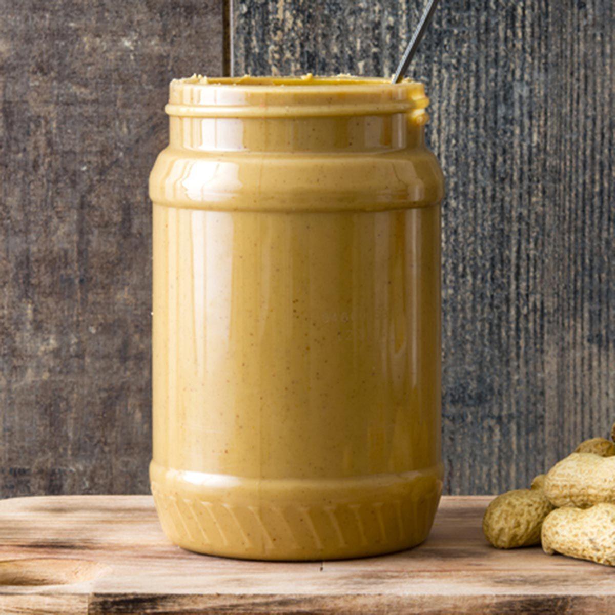 Trucs culinaires : retournez les pots de beurre d'arachide naturel.