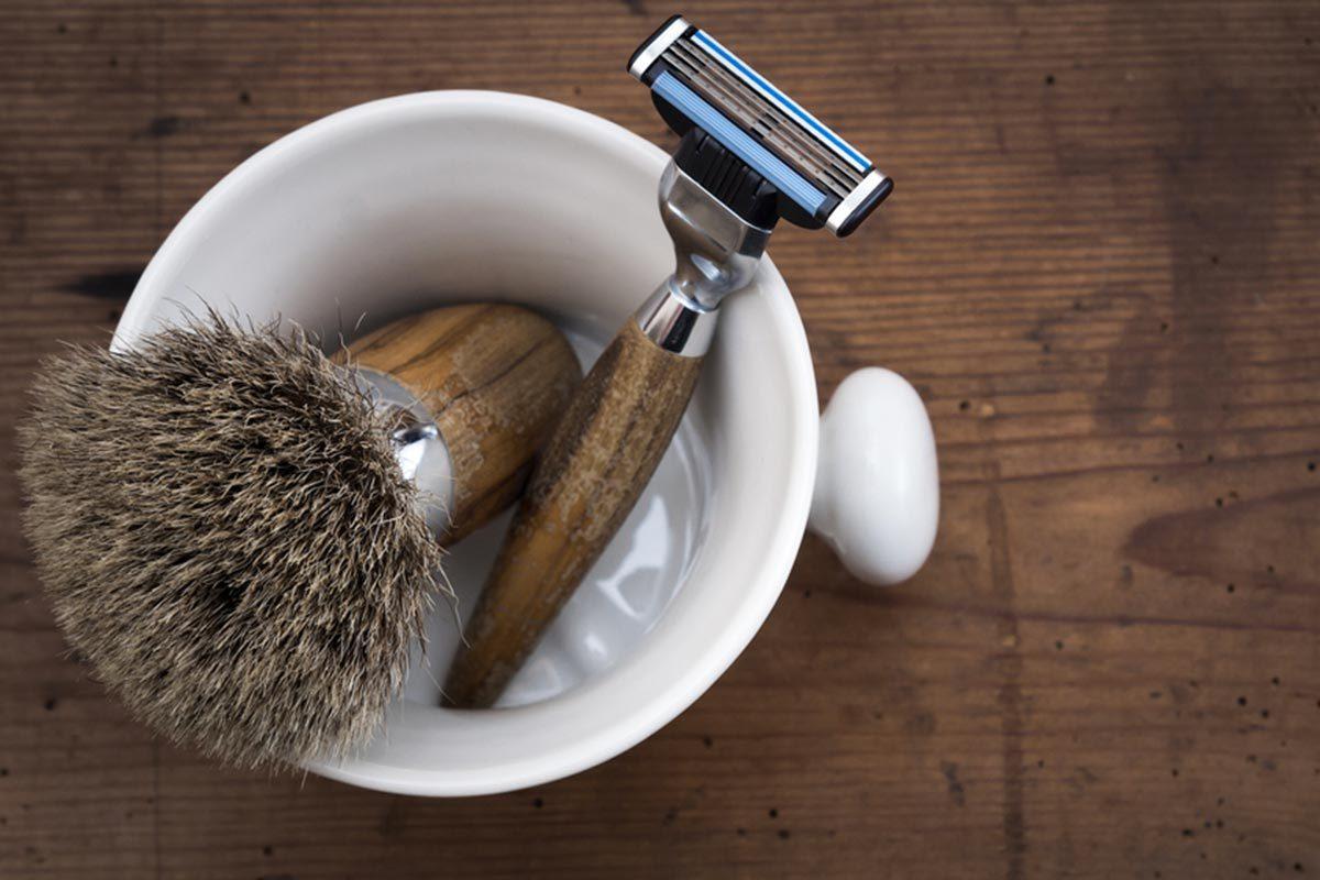 Trucs pour économiser : prolongez la vie de votre rasoir.