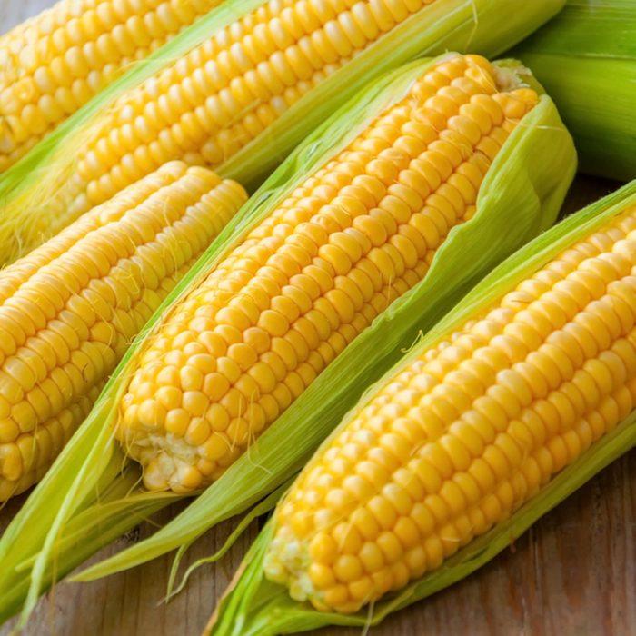 Les épis et feuilles de maïs ne doivent pas être considérées comme des déchets alimentaires.