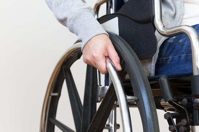 C'est grâce à Walter Harris Callow si les bus sont maintenant accessibles aux fauteuils roulants.