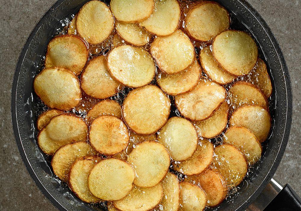 Les pommes de terre du Yukon on été inventées au Canada.