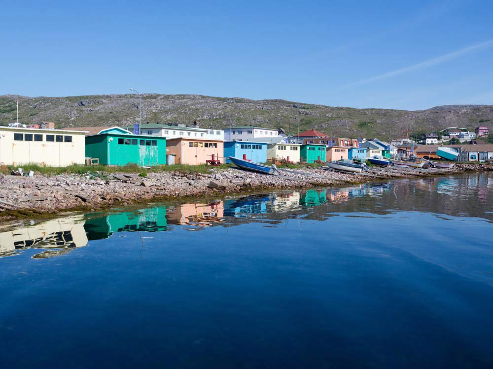 Voyage dans les Maritimes: une visite à Saint-Pierre et Miquelon.