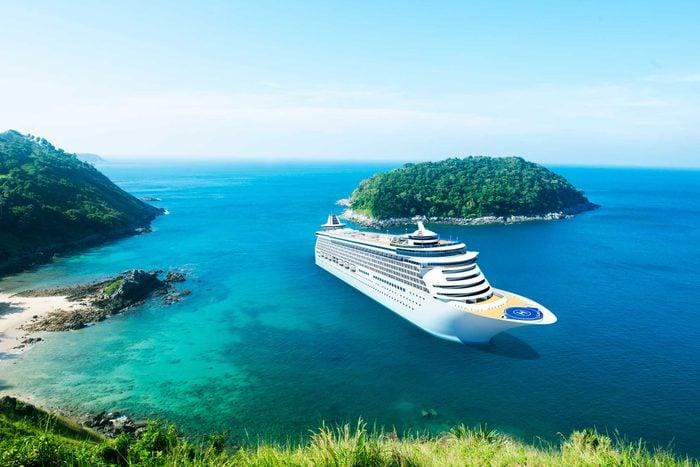 Si vous n'êtes pas au rendez-vous pour le départ après une escale, le bateau appareillera sans vous et vous devrez rejoindre le projet port par vous-même.